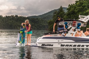 2016-20VTX_lifestyle-wakeboard_lowres